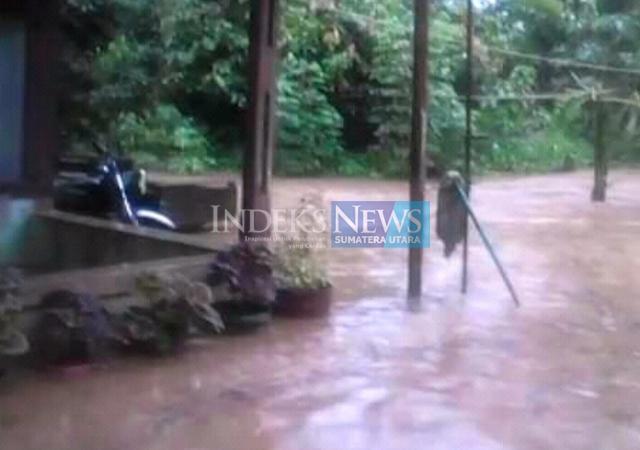 Banjir desa batu godang